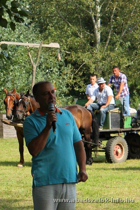Abádszalók gazdag programmal várta az augusztus 20-án kilátogató vendégeit. Aratási virtus-vetélkedő, Tisza-tó fergeteges strandja, tűzijáték, koncert, motorcsónakok.