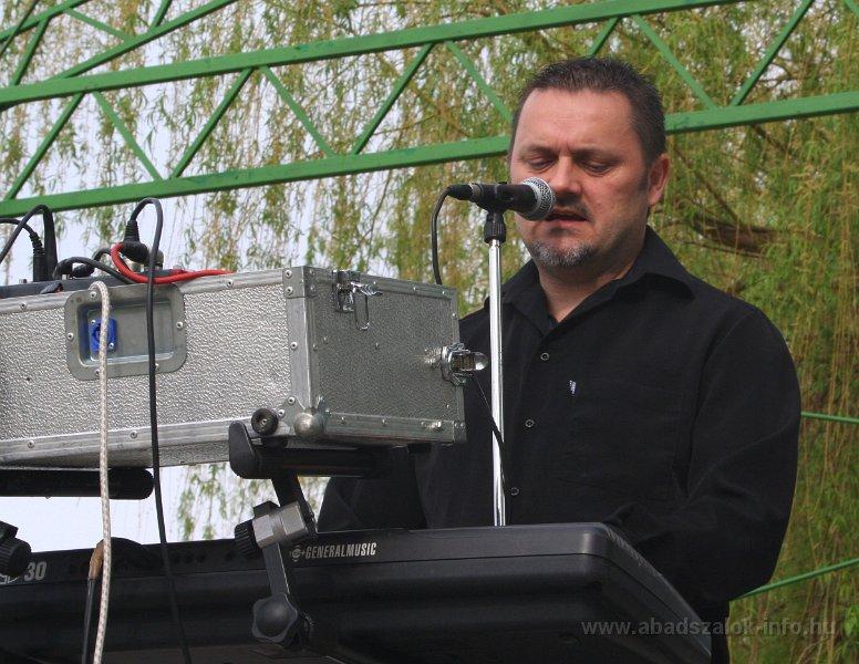 Képekben: Abádszalóki tavaszi ünnepség - 2014.04.04.